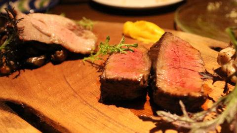炭火イタリアンバル「Ragu(ラグ)」の前菜盛り合わせと肉料理盛り合わせがお得すぎる