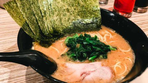 武蔵小山のラーメン店「せい家」で僕がやってしまう、背徳感たっぷりの食べ方
