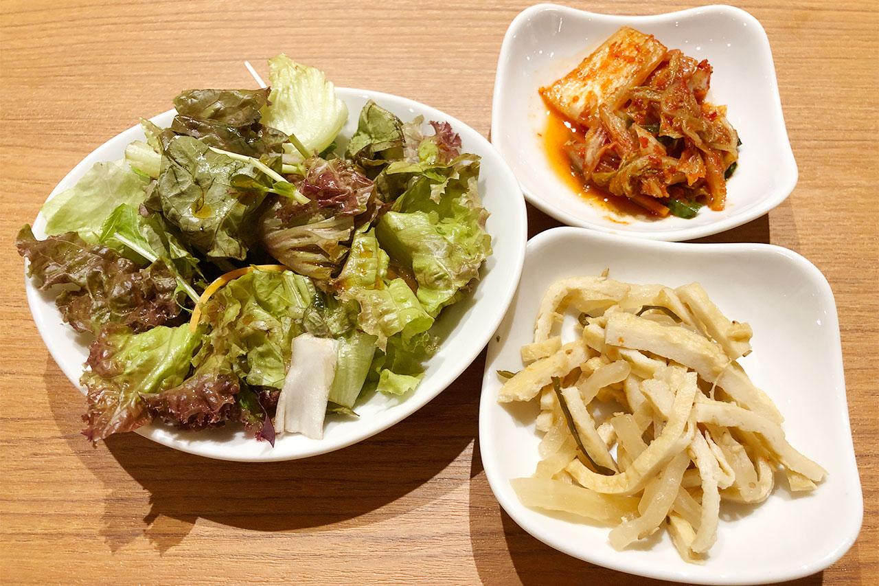 KollaBoのランチメニューの小鉢やサラダ