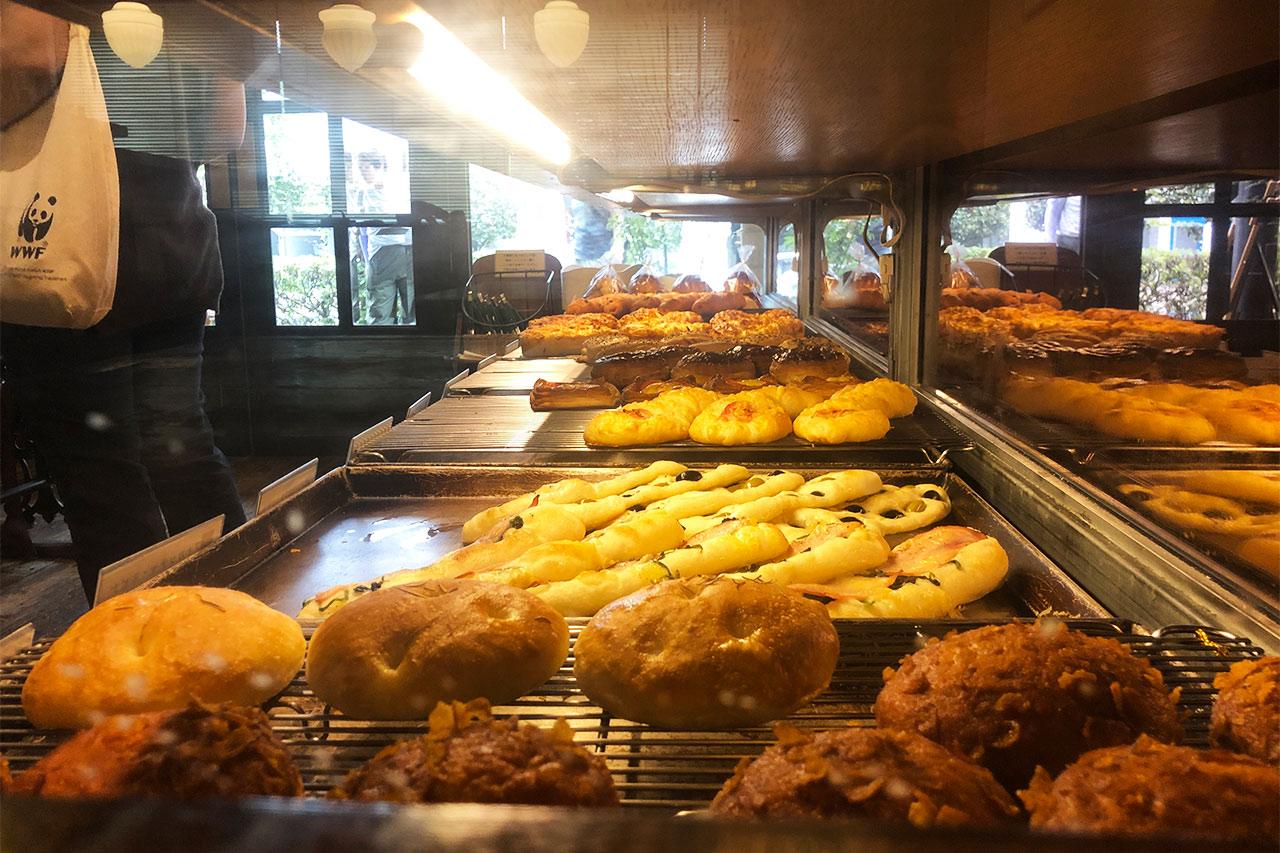 nemoの店内に陳列されているパン