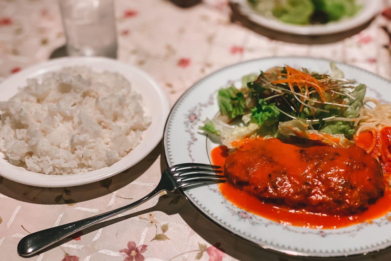 手作り感が良い!武蔵小山の「ピッコリーノ」で家庭的な洋食ランチをいただきました。