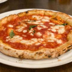 西小山「Pizzeria 244 (ピッツェリアニーヨンヨン)」で石釜焼きのピザが楽しめる!